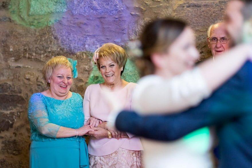 baile de novios durante una boda en el Hotel monumento San Francisco