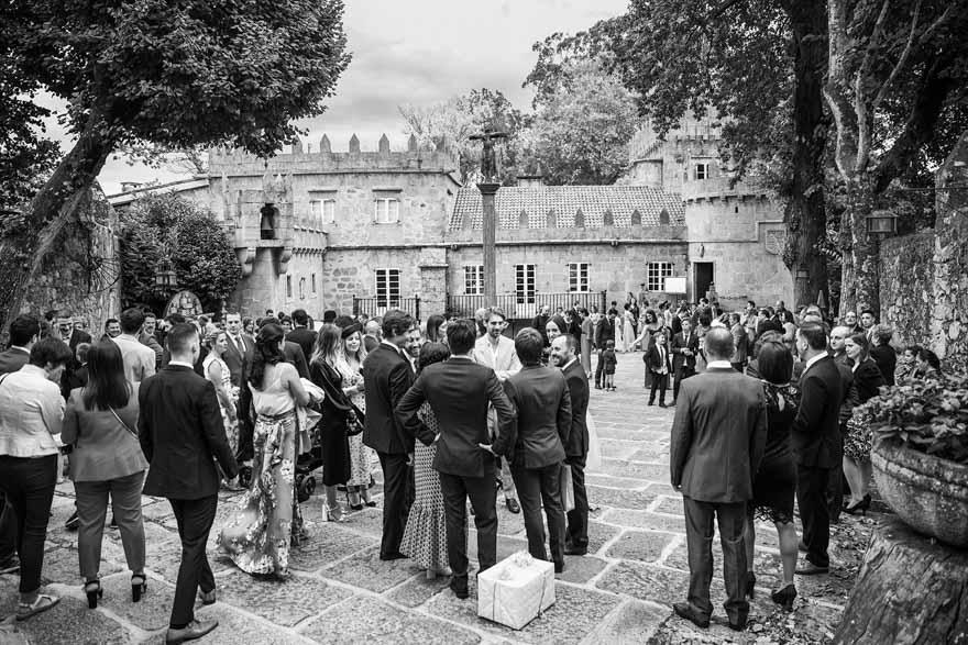 Fachada principal del pazo de Vilaboa durante una boda