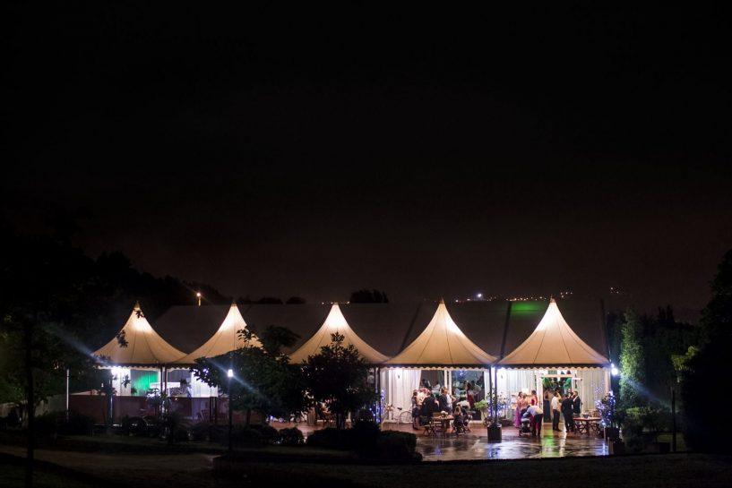Vista nocturna pazo do Río durante una boda